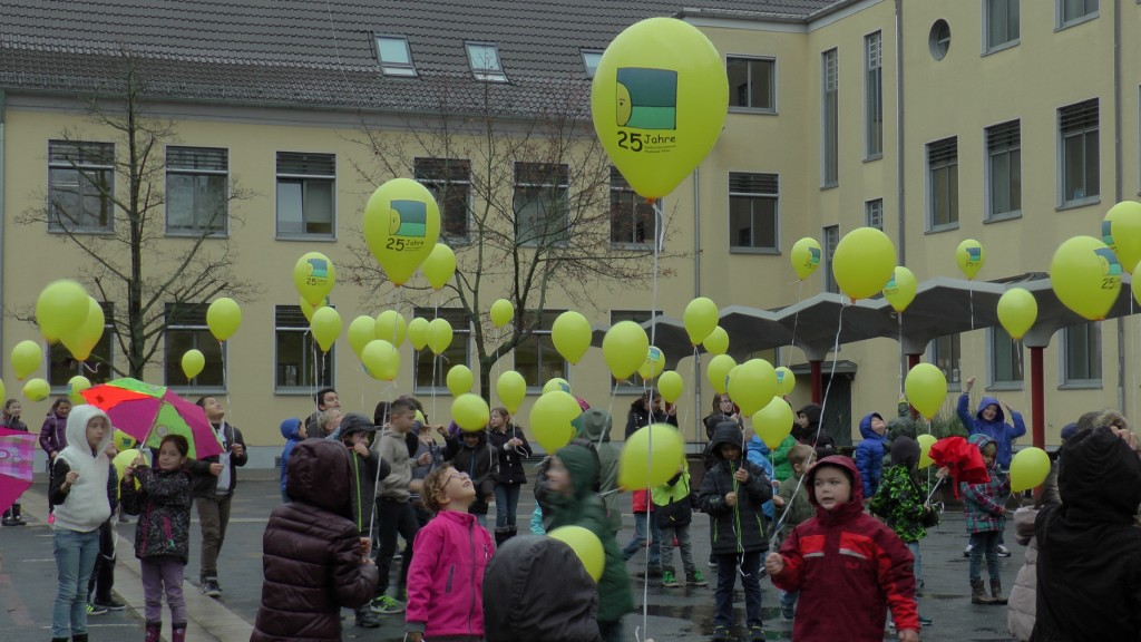 Kinderschutzdienste_Luftballonaktion